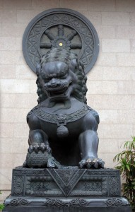 Lion statue at the entrance to Jing'an Temple.