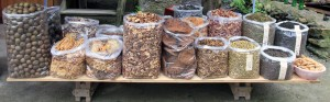 Dried mushrooms and spices on sale on the road to the Da Zhai rice terraces.