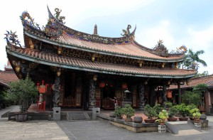 The main hall of Dalongdong Bao'an Temple.