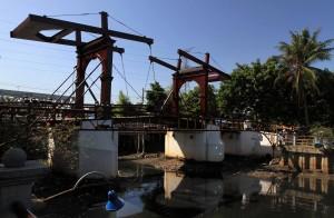 The Kota Intan drawbridge.