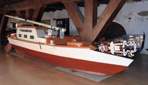 Boat on display in the Museum Bahari.