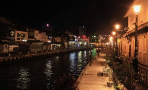 Another view of the Melaka River.