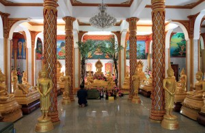 The first floor inside Wat Chalong Chedi.