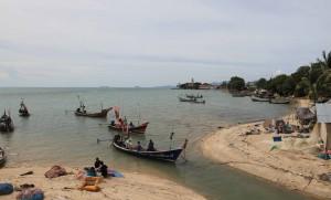 Boats near the tourist pier on Koh Samui.