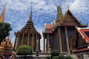 The Royal Pantheon (right) and Phra Mondop (left).