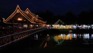 Bridge to the Siem Reap Art Center Night Market.