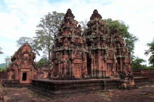 The backside of the central temple in Banteay Srei.