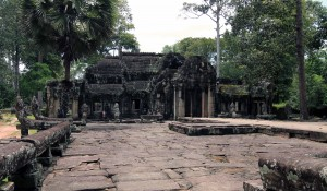 The other side of the central temple in Banteay Kdei.