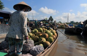 The Phong Dien floating market.
