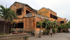Aged buildings in Hoi An.