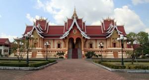 Large hall near Pha That Luang.