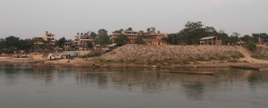 Sauraha on the north side of the Rapti River.