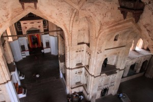 Looking down inside Chaturbhuj Temple (from one of the parapets near the ceiling).
