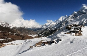 Upper part of Old Khangsar covered in snow.