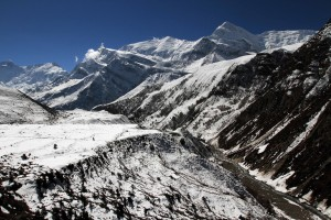 The valley of the Thorung Khola.