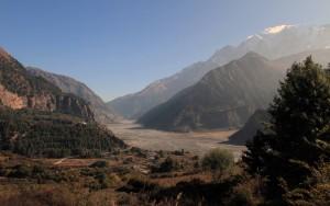 The Kali Gandaki Nadi valley from Naurikot.