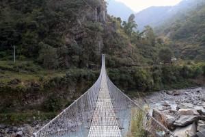 Suspension bridge over the Kali Gandaki Nadi.
