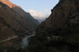 The Kali Gandaki Nadi seen near the Ghar Khola.
