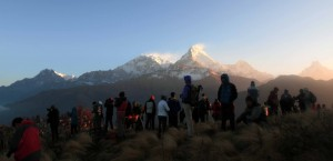 All the early morning spectators on Poon Hill.