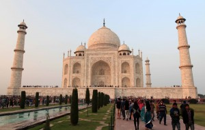Another shot of the Taj Mahal.