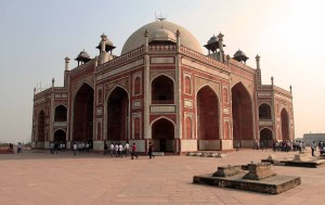 Corner-view of Humayun's Tomb.