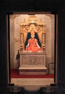 Idol inside Shri Swaminarayan Satsang Mandir.
