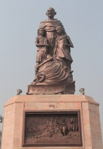 Statue of Mahatma Gandhi found in a large park in Patna.