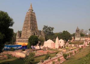 Mahabodhi Stupa and surrounding grounds.
