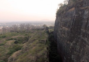 Dry moat in Daulatabad Fort.