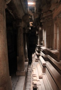 Corridor surrounding the inner sanctum of the main temple inside the Vittalia temple complex.
