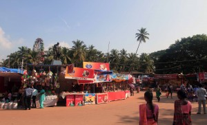 The carnival-like atmosphere in Old Goa, due to Saint Francis Xavier's corpse being put on display - something that happens only every ten years.