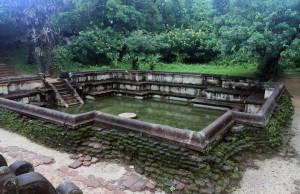 Kumara Pond in Polonnaruva.