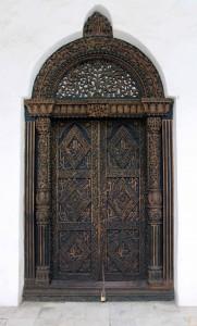 Doorway inside the House of Wonders.