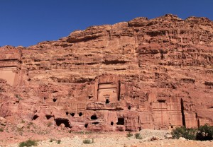 And more tombs and dwellings on the right side.