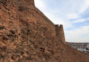 The wall of Gori Fortress.