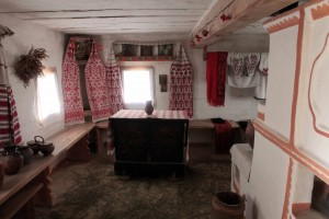 Inside one of the homes from the Middle Dnieper Area Region.