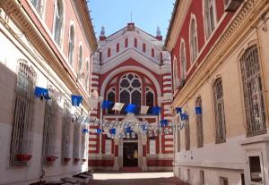 The Neolog synagogue.