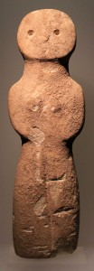 "Standing female figurine (also known as ""Zintilis idol""), from the Chalcolithic period (3900-2500 BC)."