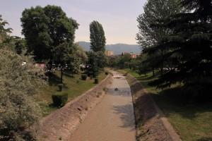 """Canal (""""Lumi i Lanes"""") in Tirana."""