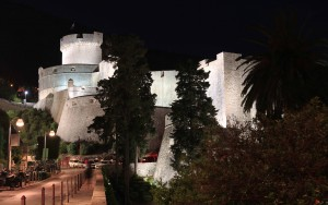 Minčeta Tower, on the northwest of the city wall, seen at night.
