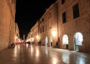 Placa Stradun at night.