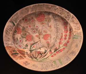 A dish produced in Iznik, Turkey (16th-century AD) and discovered at a shipwreck site near Dubrovnik.