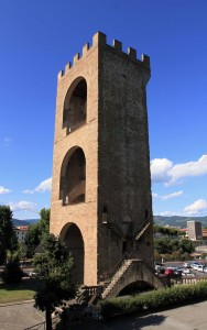 "The Torre di San Niccolo (""San Niccolo Tower"")."