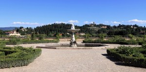 The fountain and garden behind the Casino del Cavaliere.