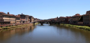 The Ponte Santa Trinita with the Ponte Vecchio behind it, seen from the Ponte alla Carraia.