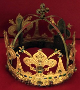 A crown for Our Lady of Tears - designed by Alessandro di Bastiano Lamberti (1601 AD).