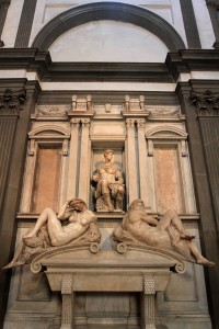 Tomb of Giuliano di Lorenzo de' Medici with Night and Day, sculpted by Michelangelo.