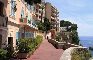 Walkway on the south edge of Monaco-Ville.