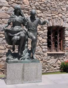 Statue in front of the Casa de la Vall.