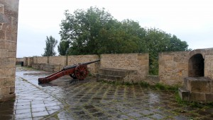 A cannon placed in the Castillo de la Mota.
